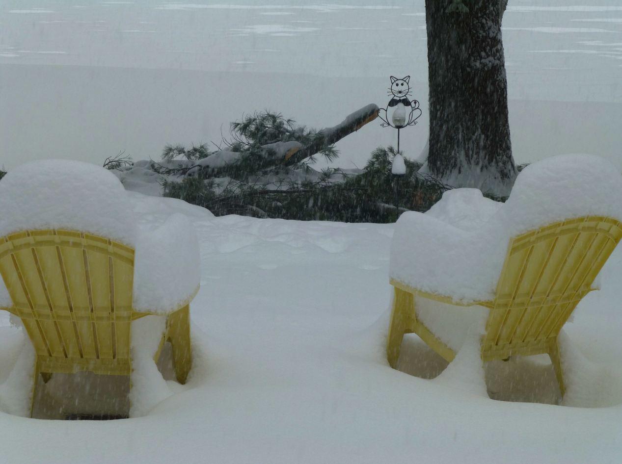 sand-lake-snow-is-may-2013_2